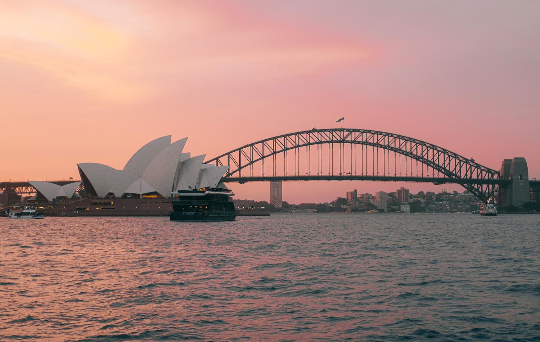 The world's largest steel arch bridge